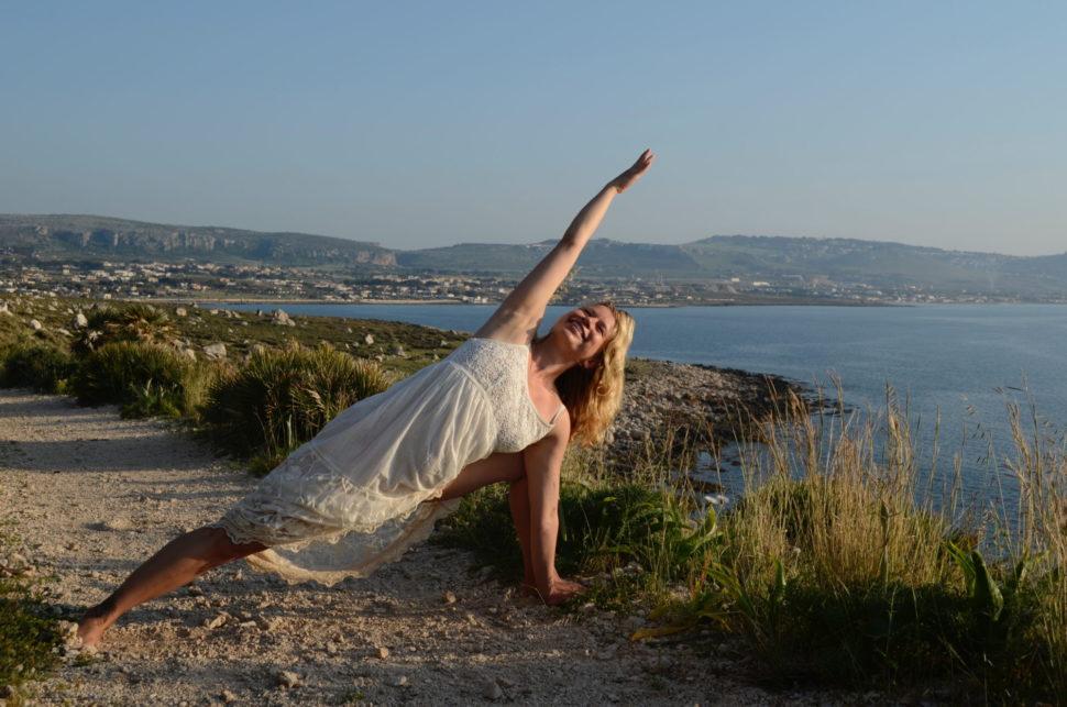 Poselství ásan je jógová metoda podle Judity Berkové aYoga life Happy life