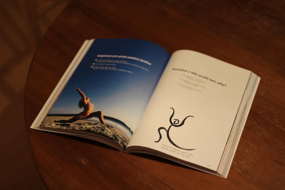Kniha Poselství ásan, Knihy ojóze