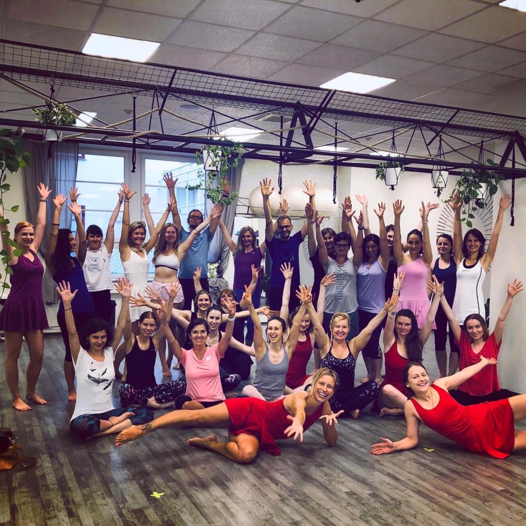 Jógová Vlna: jóga společně online